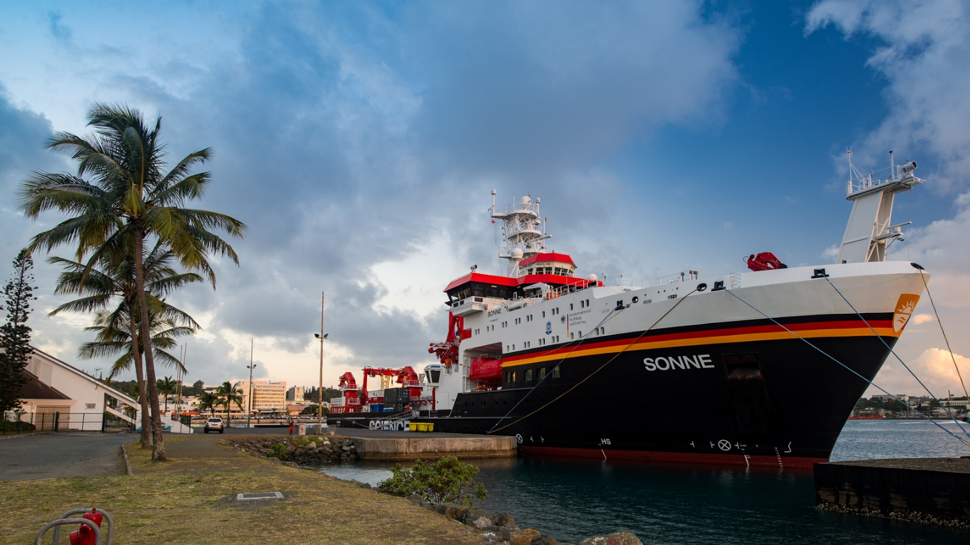 RV SONNE at the port of Nouméa, New Caledonia. Picture: Nico Fröhberg